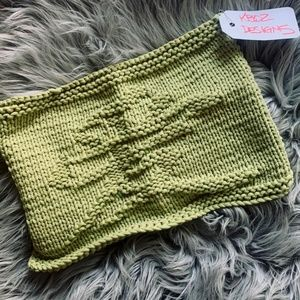"Hand-knitted Dish cloth - ""Love"" (in Chinese)"